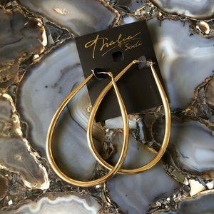NWT Thalia Sodi Gold Large Teardrop Tower Earrings